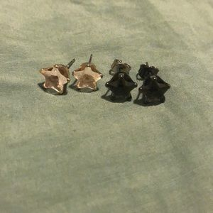 Set of 2 star stud earrings